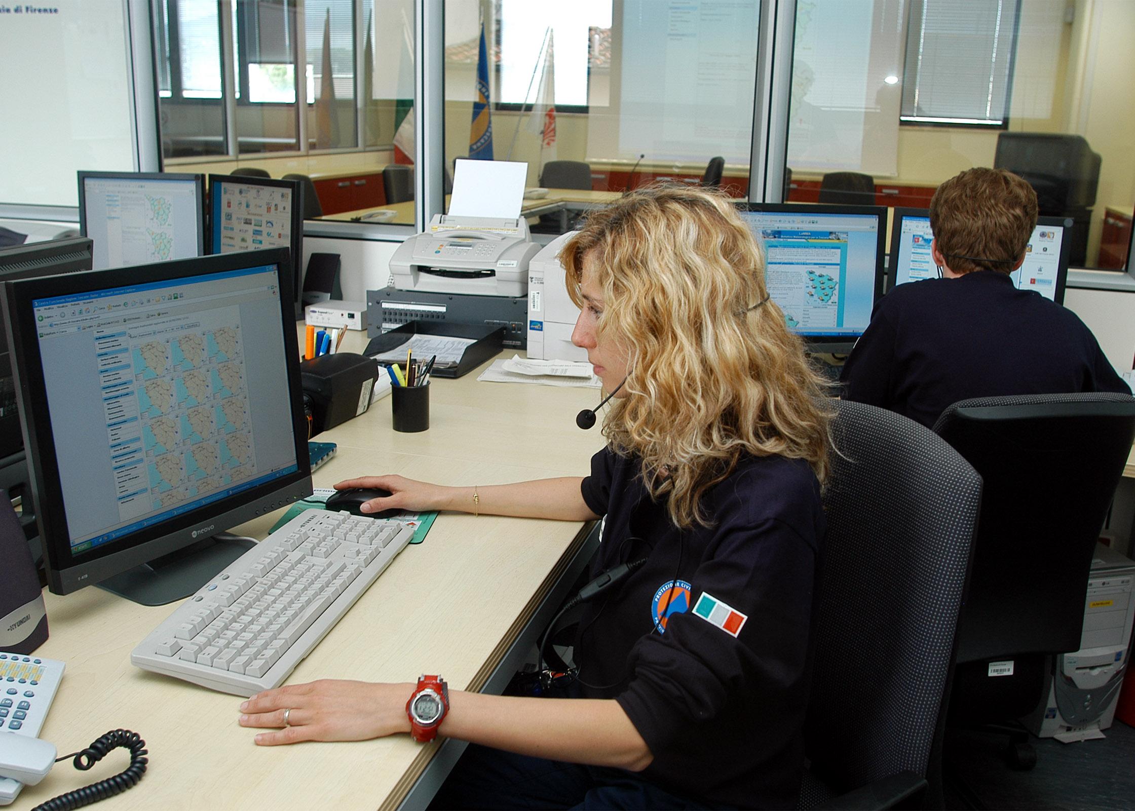 Sala operativa di Protezione civile della Città metropolitana di Firenze