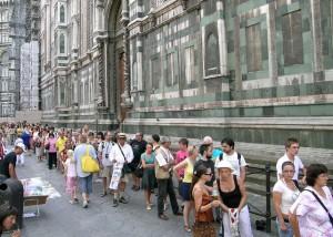 Turisti in coda