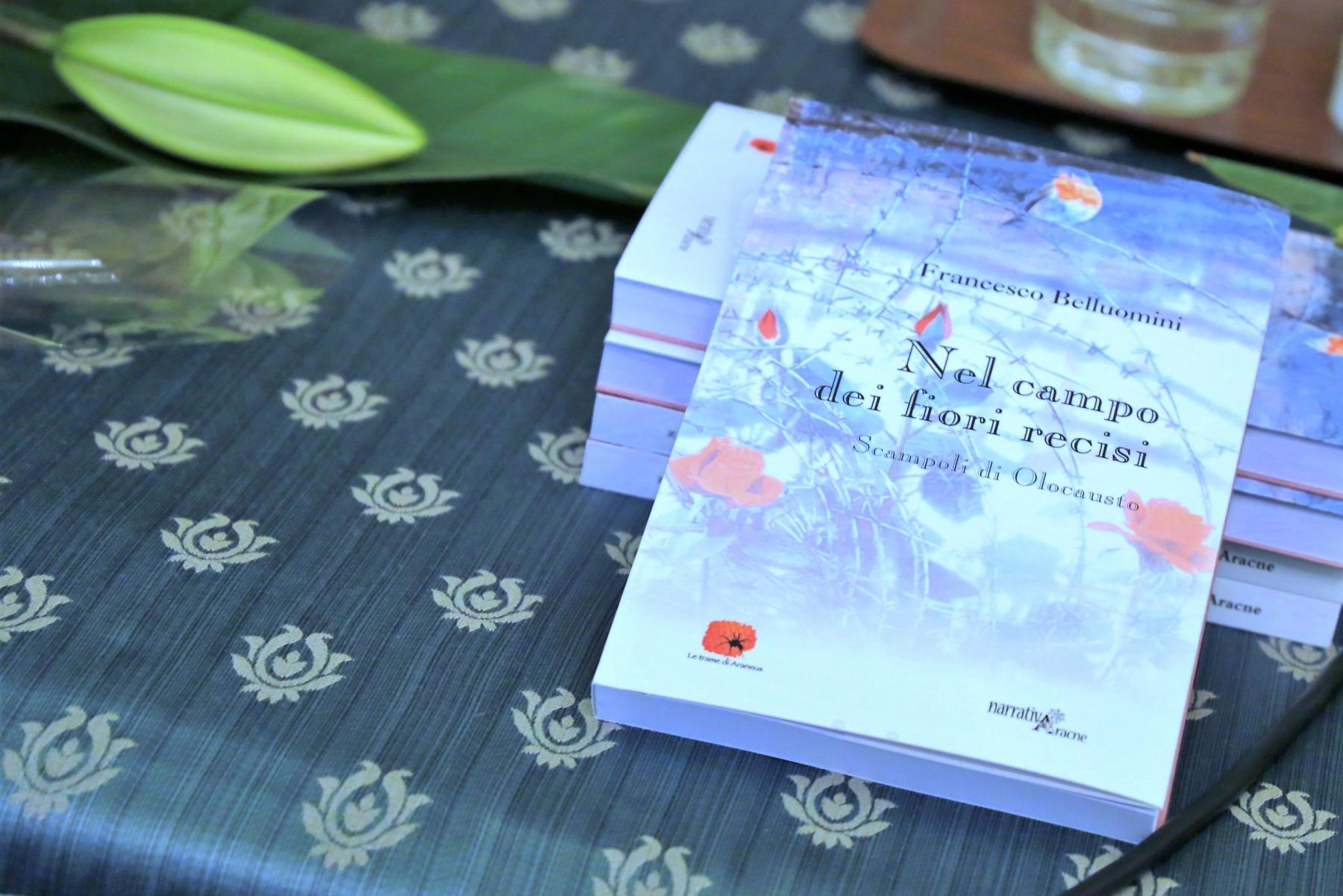 Libro in esposizione