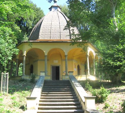 Cappella del Buontalenti nel Parco di Pratolino