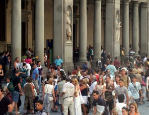 Turisti agli Uffizi