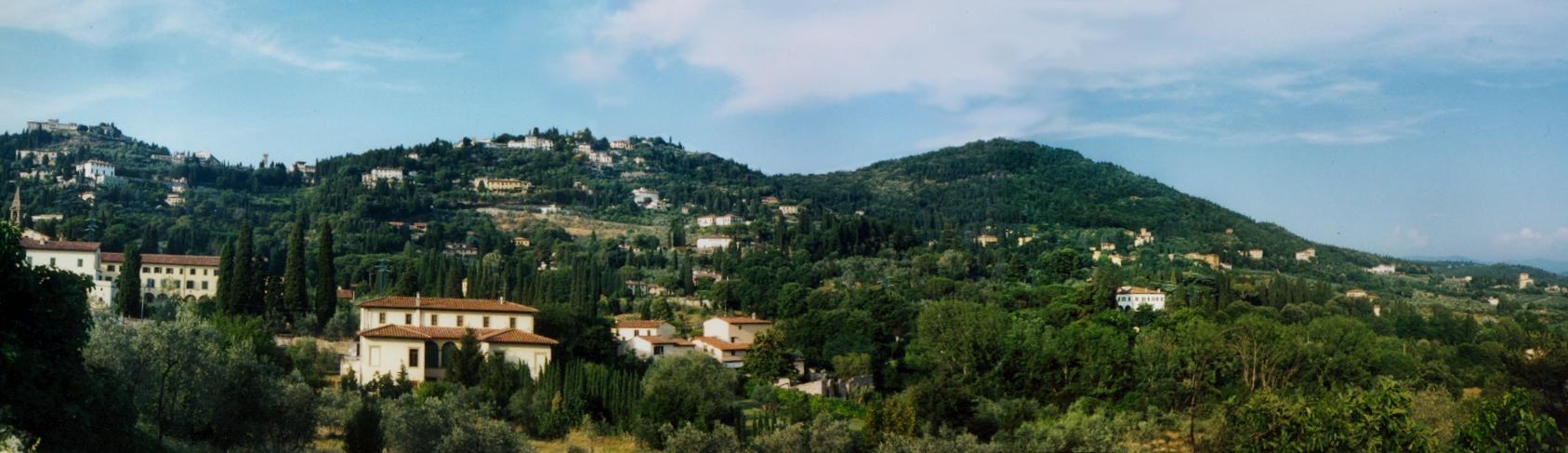 Panorama su San Domenico e sul Montececeri (di Elena Petrini)