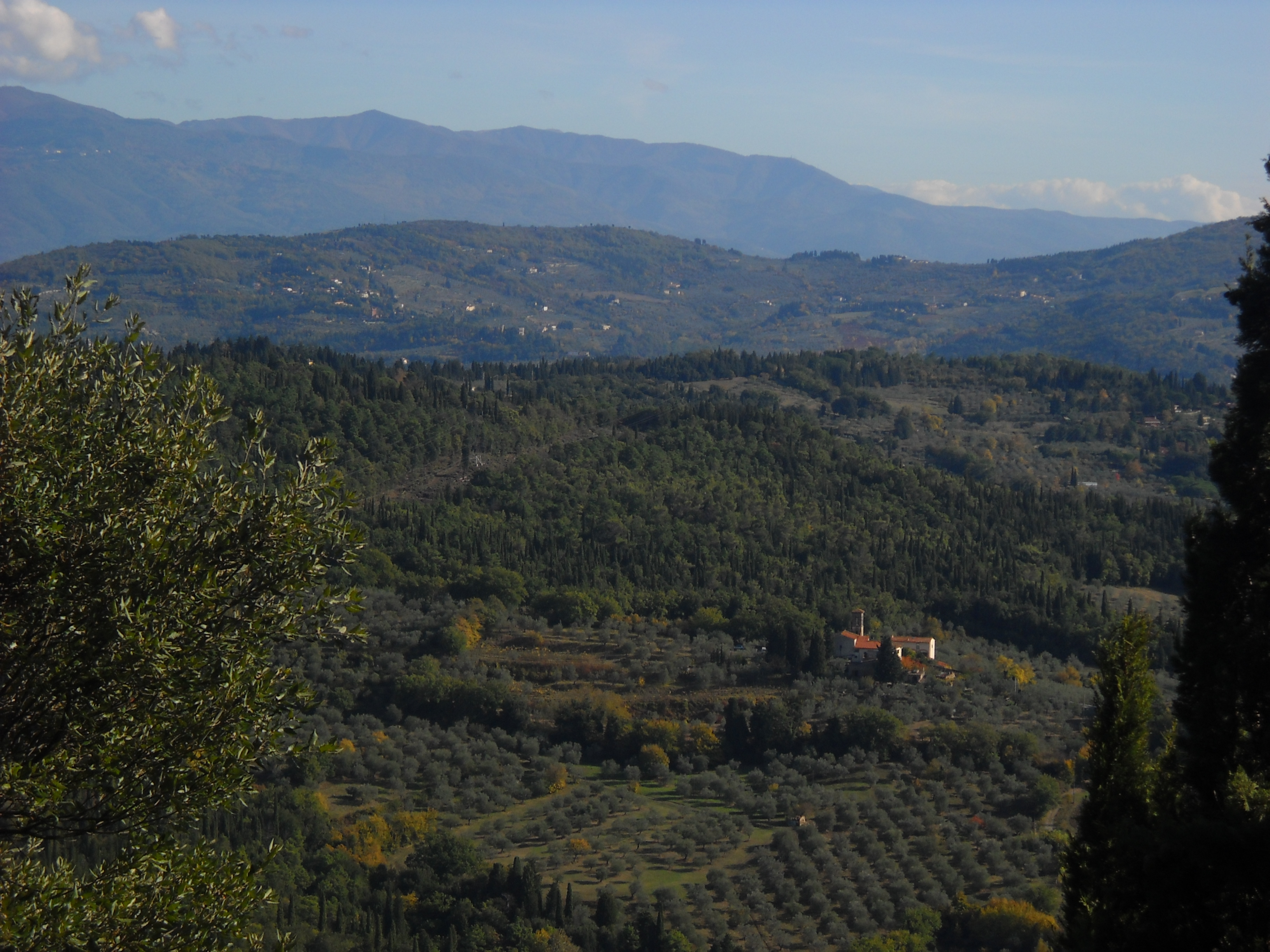 Vista sulle colline dal Piazzale Leonardo (di Giuliana Profeti)