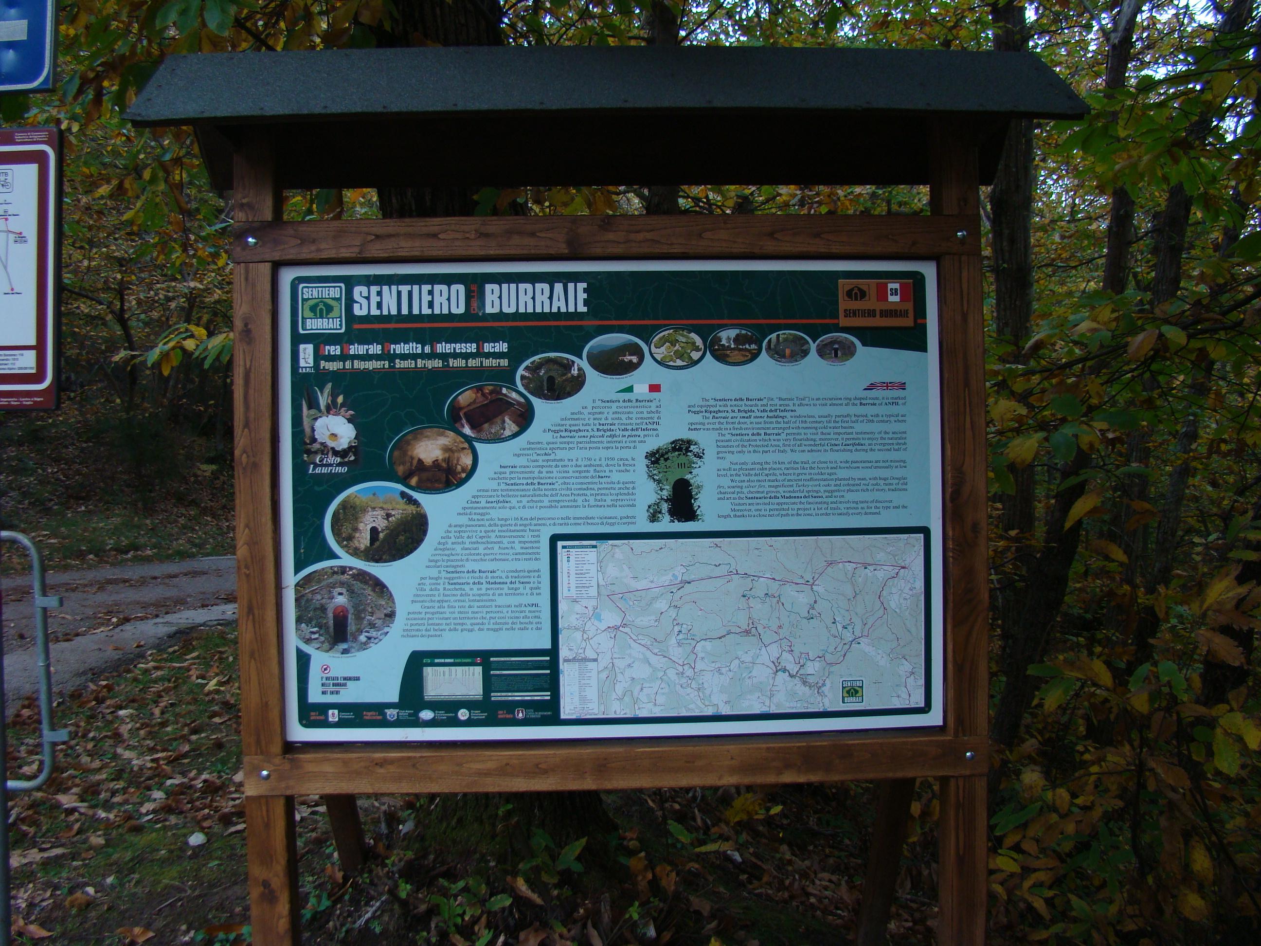 Cartello con informazioni sul Sentiero delle Burraie (di Giuliana Profeti)