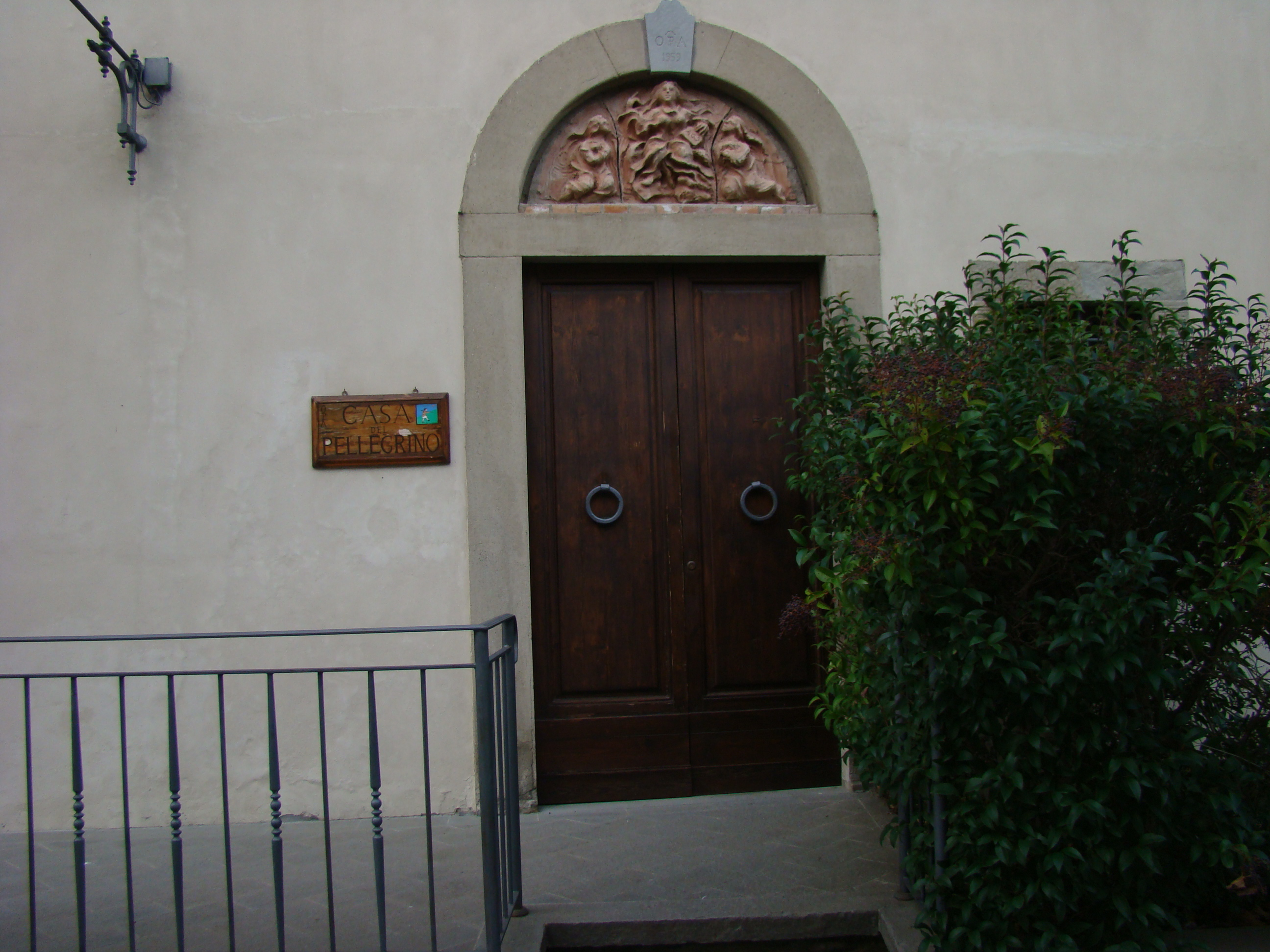 La Casa del Pellegrino presso il Santurio della Madonna delle Grazie al Sasso (di Giuliana Profeti)