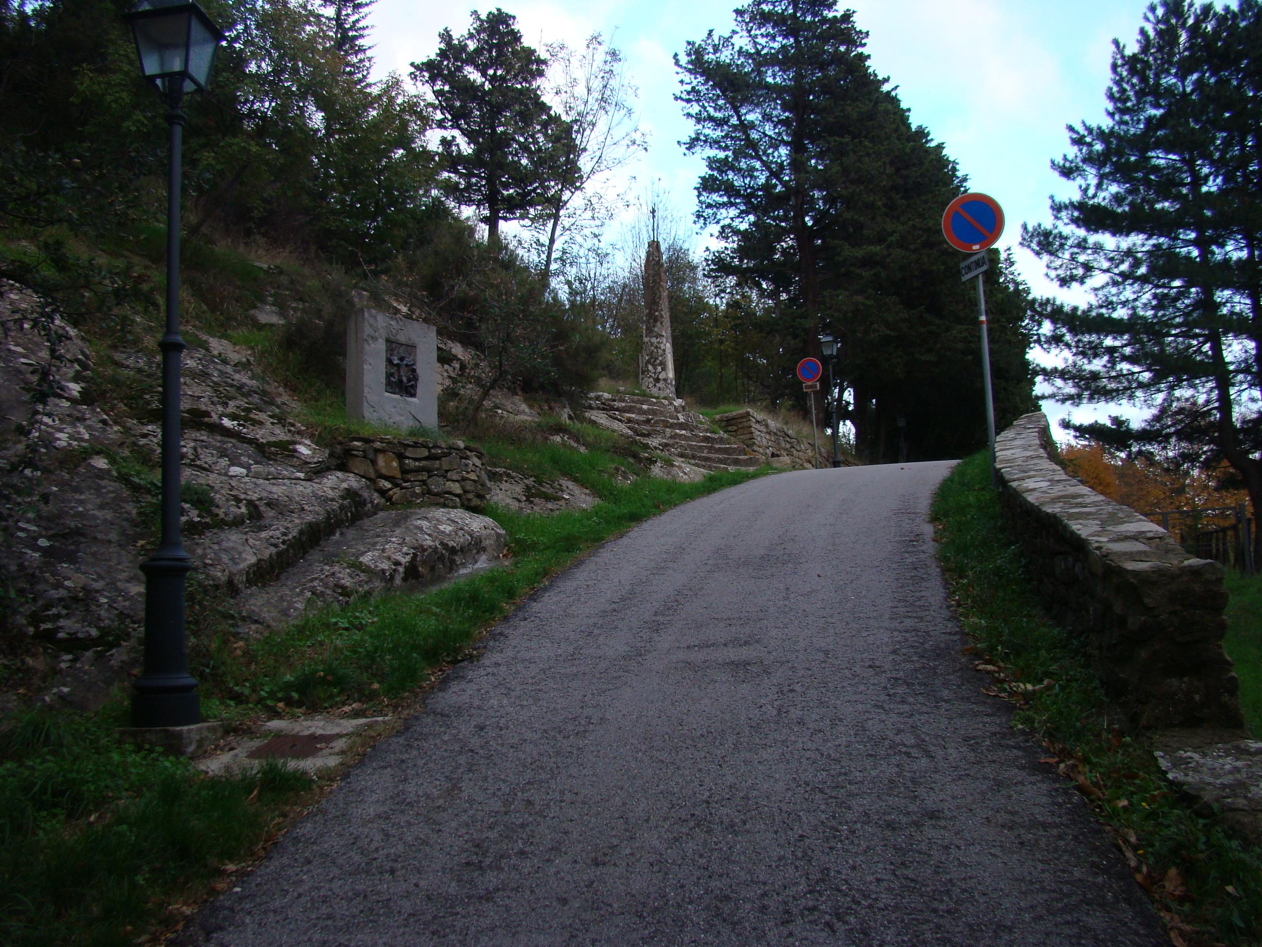 Via del Sasso (di Giuliana Profeti)