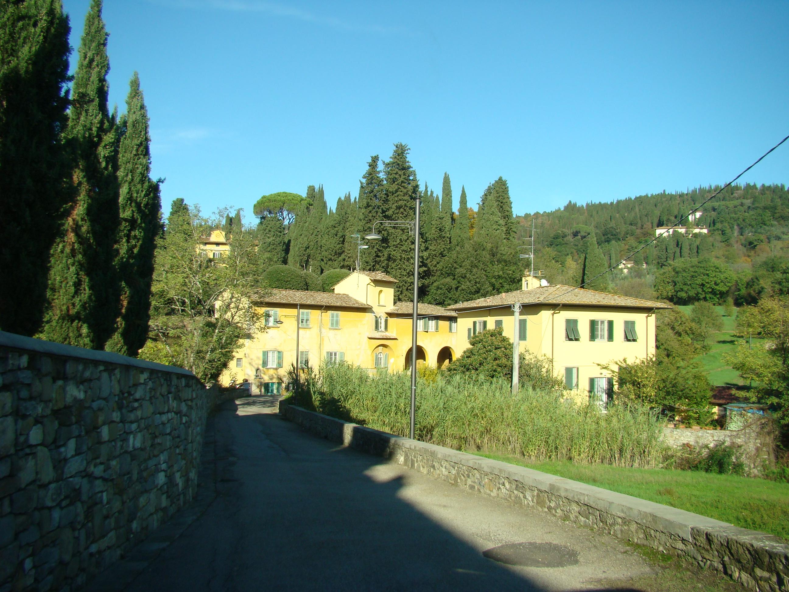 Case in località Ponte a Mensola (di Giuliana Profeti)