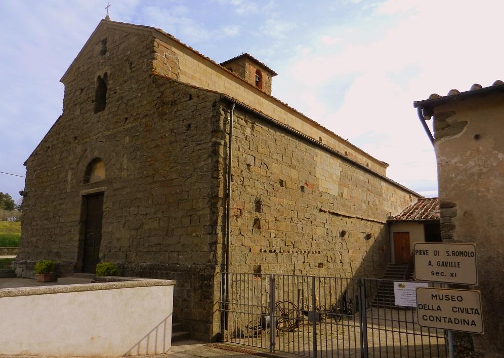 Facciata della Pieve di San Romolo a Gaville (di Sandro Fabrizi)