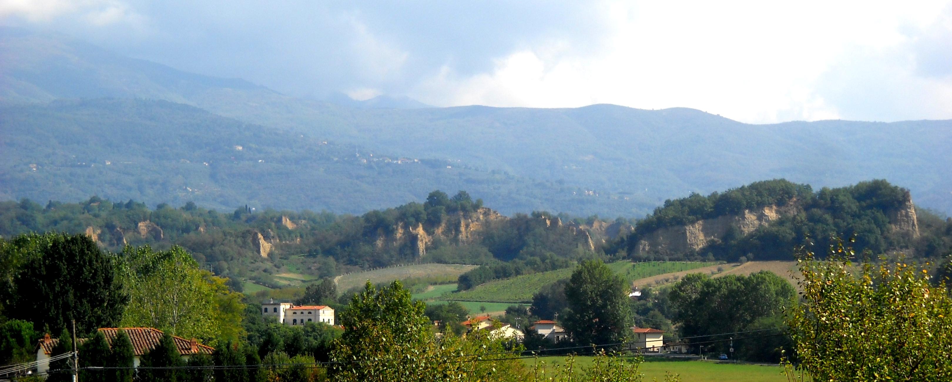 Vista sulla Balze dalla località Vecchietto (di Giuliana Profeti)