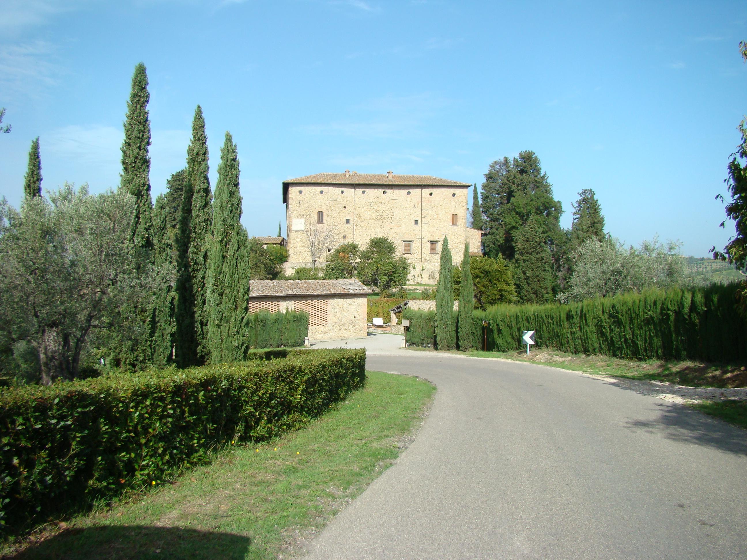 Castello di Bibbione (di Giuliana Profeti)