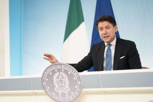 Conferenza stampa del Presidente Conte a Palazzo Chigi (da www.governo.it)