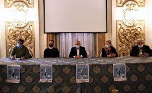 La presentazione della maratona di nuoto di Aisla (foto di Antonello Serino, Ufficio Stampa - Redazione di Met)