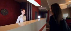 La reception di un albergo
